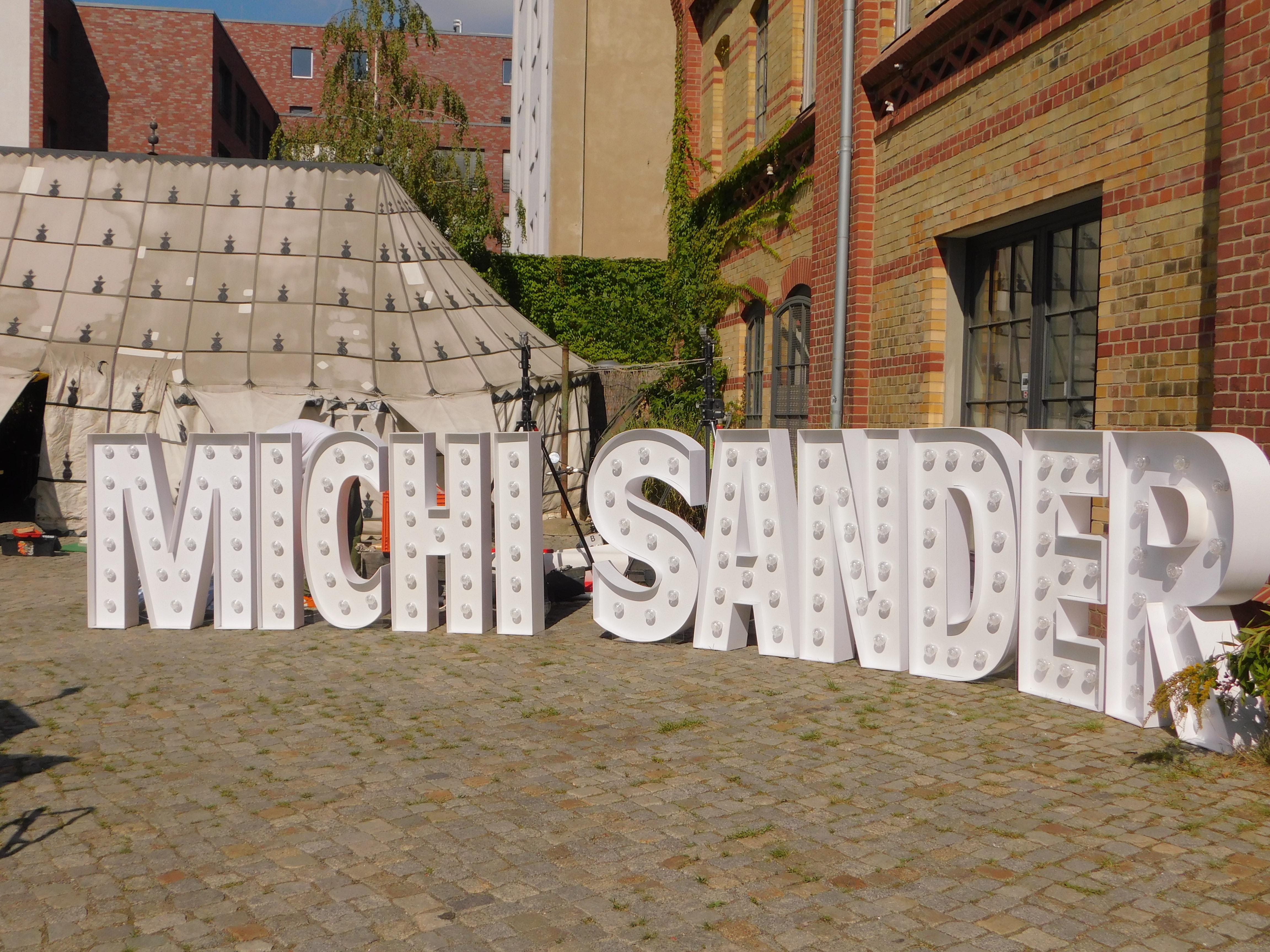 Leuchtbuchstaben partydeko berlin for Partydekoration berlin